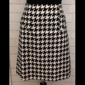 H&M Black & White Houndstooth A Line Skirt Size 8